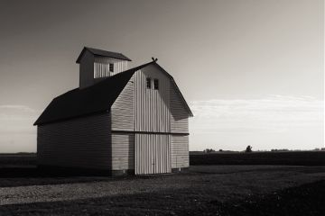 dpcblankspaces barn night blackandwhite farm freetoedit